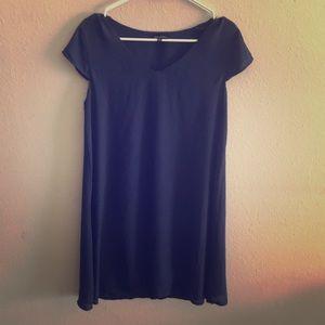 Dresses & Skirts - Simple A-line blue dress